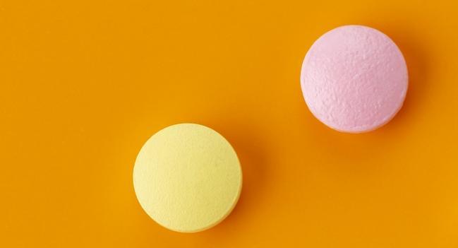 كلوبيدوغريل: الاستخدامات والجرعات والتأثيرات الجانبية والتحذيرات - تقليل خطر الإصابة بسكتة دماغية أو جلطة دموية أو مشكلة قلبية خطيرة