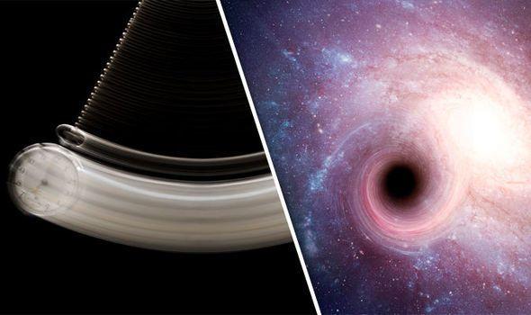 إرسال رسالة قصيرة إلى ثقب أسود يجعلها تختفي