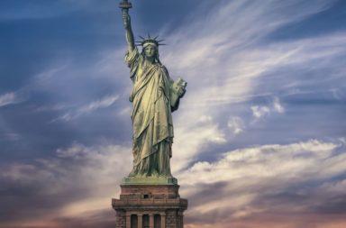 تمثال الحرية: حقائق ومعلومات - التمثال الذي قدمته فرنسا هدية للولايات المتحدة الأمريكية - من الذي صمم ثمثال الحرية؟ وما السبب من تشييده؟
