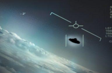 """يدعي ضباط البحرية أن """"أفرادًا مجهولي الهوية"""" جعلوهم يمحوون أدلة تثبت واقعة ظهور أجسام طائرة غريبة في 2004 - كائنات فضائية"""