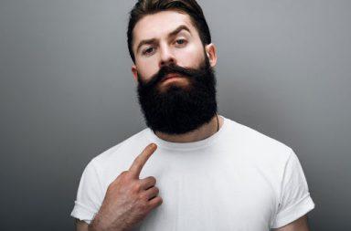 لتطور اللحى عند الرجال سبب غريب - يجذب شعر الوجه الطفيليات وتعلق به بقايا الطعام ويسبب تعرق المناطق التي يغطيها - سبب تطور اللحى