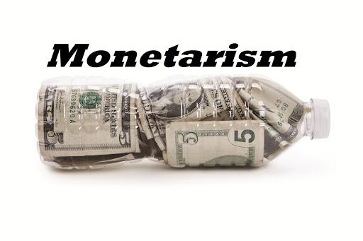 المدرسة النقدية: طباعة النقود لكبح التضخم