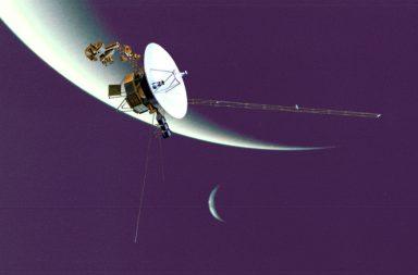 وحيدة في الفضاء، المركبة فوياجر 2 على وشك أن تفقد اتصالها بالأرض - أطول مهمة فضائية لوكالة ناسا - السفر خارج حدود المجموعة الشمسية